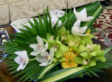 home-decor-flowers uk orchid centrepiece delivery London gifts shop. London florists provide same day orchids Londona next day orchids delivery UK