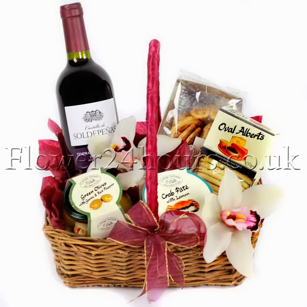 Gourmet gifts UK delivered online by top London florists and gift shop