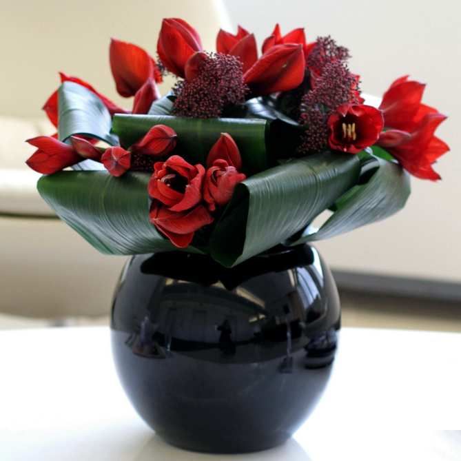 Red flower arrangement delivery London and the UK. Flower delivery London same day and next day flower delivery UK