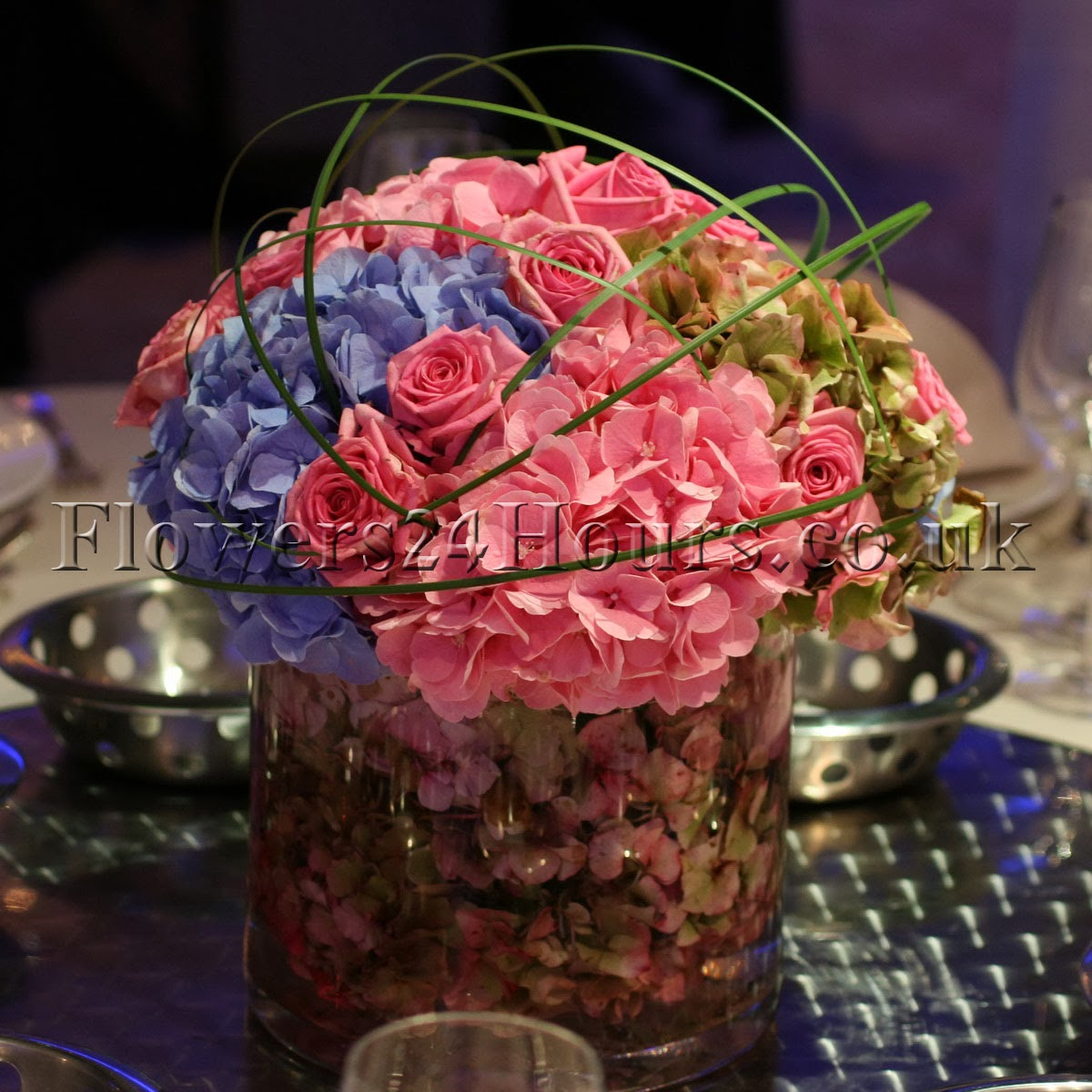 Colourful Decoration Same Day Delivery Flowers For Winter Party