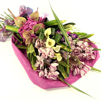 pink-yellow-calla-lily-orchid-handtie-flowers-350