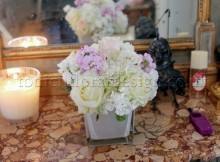 Flower-vase-Small-flower-arrangements-delivery-london-same-day-flower-delivery-london
