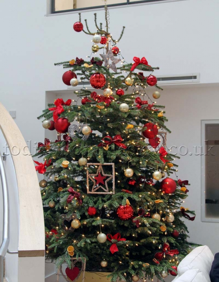 Decorated christmas tree delivery london uk for How to decorate a small white christmas tree