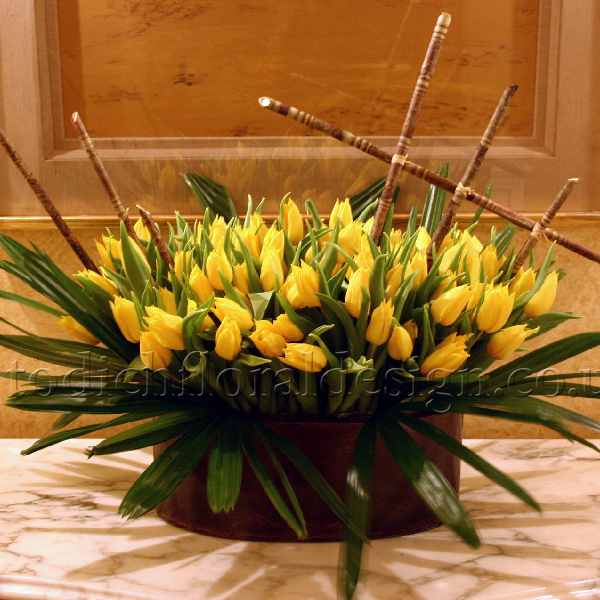 Easter flowers arrangements centrepieces decorations bouquets flowers delivery uk send flowers london uk uk gift shop flower and gift negle Choice Image