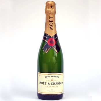 Moet and Chandon Champagne 75cl