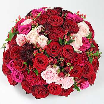 Triskelion red and pink roses product code 5260 mightylinksfo