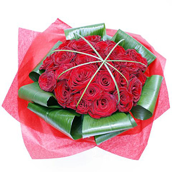 the-best-red-roses-flower-delivery-in-uk
