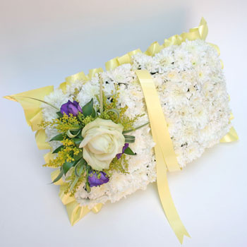 prayer-book-flowers-delivery-uk-next-day