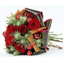 beautiful-christmas-bouquet-flowers-delivered-uk-london