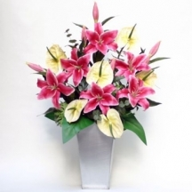 Lilies and Cream - Silk Flowers