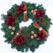 christmas-pine-wreath-florist-in-london